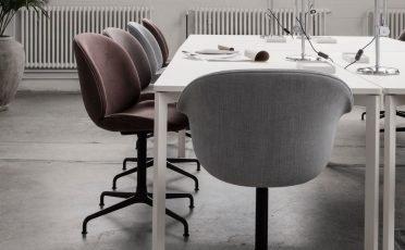 GUBI - Beetle Meeting Chair
