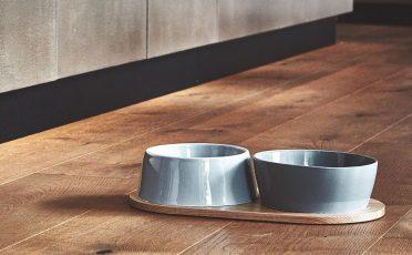MiaCara Doppio Dog Bowl Tray in Oak