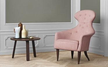 Gubi Eva Lounge Chair