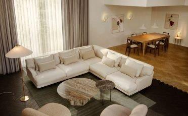 Gubi Flaneur Sofa