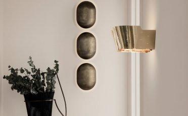 Gubi 9464 Wall Lamp Brass close up - Danish Design Co Singapore