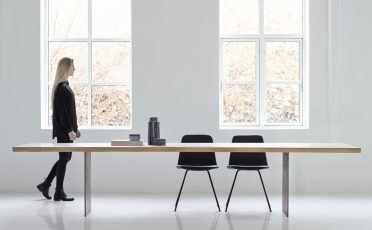 DK3-Tree-Extendable-Dining-Table-1
