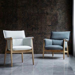 embrace chair white